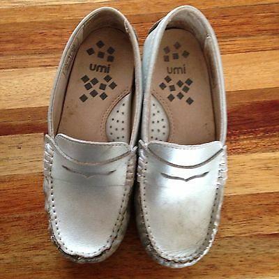 Umi Morie Silver Loafers. Gorgeous. Size 28