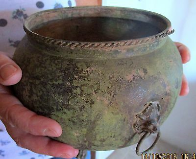 Exceptional and authentic large Roman bronze vessel. (016504)