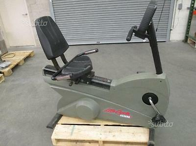 Cyclette Life Fitness 9500HR Recumbent Bike Professionale Cardio System