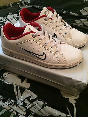 Nike Trainers, Excellent Condition, Size 5.5
