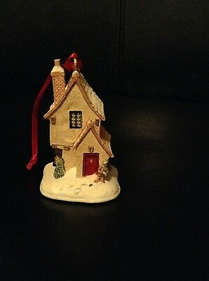 A Beautiful Lilliput Lane Cottage Evergreens -1997 Christmas Collection