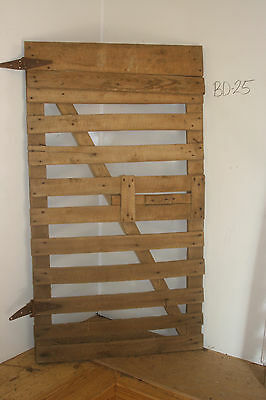 Vintage Salvaged Reclaimed Barn Wood Door, Antique & Decorative Piece, BD-25