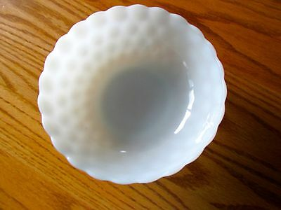 Large Round Milkglass Bubble Bowl ~ Anchor Hocking ~ Very Nice!