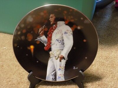 """Delphi Elvis Presley """"Aloha from Hawaii"""" collectible plate"""