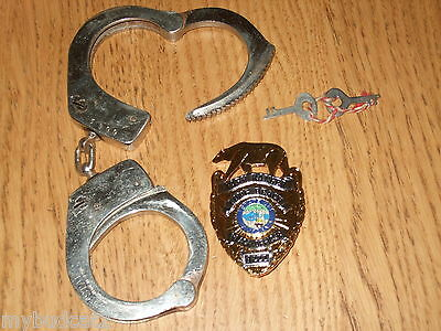 Obsolete LONG BEACH CALIFORNIA Police Badge NOT LAW ENFORCEMENT Gode German made