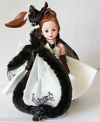Madame Alexander Cissette Cafe Rose Doll #22200 with Tags Box and Stand