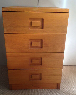 Chest of 4 drawers timber used pickup Glen Waverley Natural