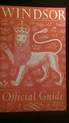1949 The Official Guide to Windsor Castle - very good condition