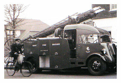 Photo Taken From A 1954 Image Of Kent Fire Tender