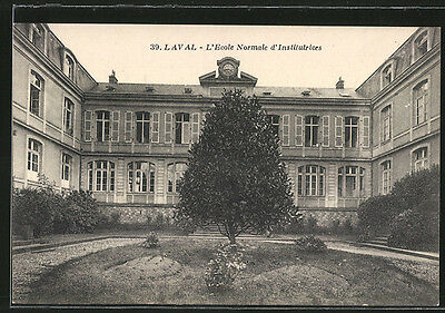 formidable CPA Laval, L´Ecole Normale d´Institutrices