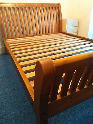 Kingsize Solid Wood Sleigh Bed