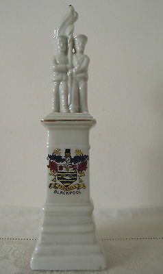 Crested China Model of WW1 Soldier Monument Crest of Blackpool Marked Germany