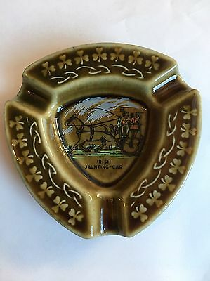Wade Pottery Horsedrawn Carraige Porcelain Ashtray Made in  Ireland