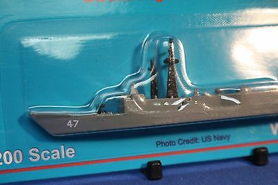 USS NICHOLAS FFG 47  OH Perry Class Frigate  Triang Minic Ships