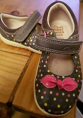 Girls clarks shoes size 5.5f