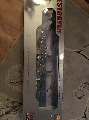 1:275 Destroyer  Radio Remote Control Boat Ship New In Packaging