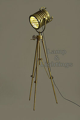 Standing Floor Antique Big Light Lamp w Hollywood Styling Natural Wood & Metal