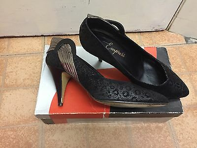 Ladies Black & Pewter Vintage Heeled Shoes From Empress, Size 5.5