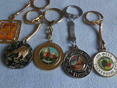 SMALL JOBLOT OLD  KEYRINGS FROM AUSTRALIA. NEW ZEALAND AND FRASER ISLAND.60/80s.