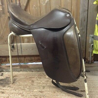 "Cliff Barnsby 17.5"" Dressage Saddle"