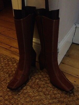 Square Toe Brown Boots - Size 38 (size 5) Cowboy Style