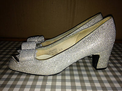 DOLCIS Vintage 60s Size 6.5 Women's stunning silver sparkle shoes heels Eur 40