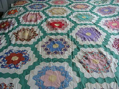 Antique ~ Vintage Grandmothers Flower Garden Quilt Top