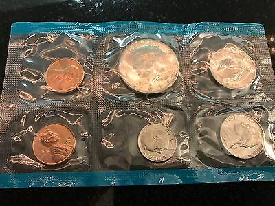 5 Coin Mint Set, Proof Set or Uncirculated Set - US 5 Coin Set (Random Year Lot)