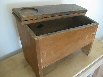 Vintage Shoe Shine Polishing Wooden box stand. Old original collectable