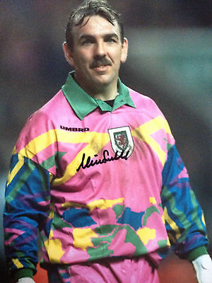 Neville Southall - Welsh Footballing Legend - Excellent Signed Photograph