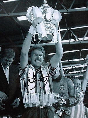 Brian Kilcline - Coventry City Legend  -  Superb Signed B/w Cup Winning Photo