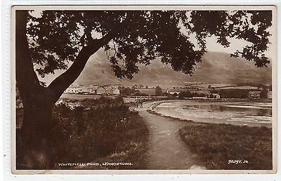 WHITEFIELD POND, LENNOXTOWN: Stirlingshire postcard (C21754)