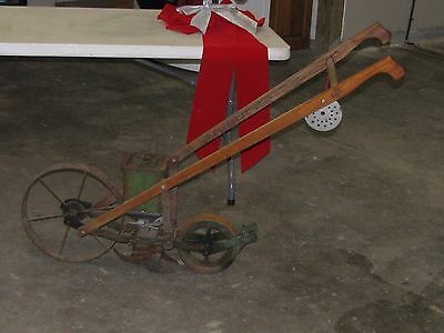 Antique Planet Junior #300A Seeder Original October 1919