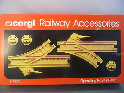 CORGI PLAYCRAFT Plastic track system BOXED PAIR OF POINTS