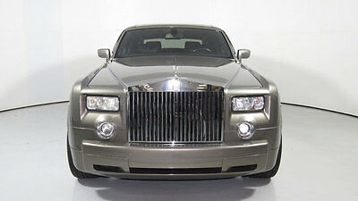 2005 Rolls-Royce Phantom 4dr Sedan 2005 Rolls Royce Phantom, Silver/Black, Lexicon Audio, Dual Sunroofs, Stunning!