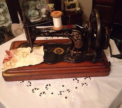 Antique Singer 12k Fiddle Base Hand Crank Sewing Machine With Case C1885