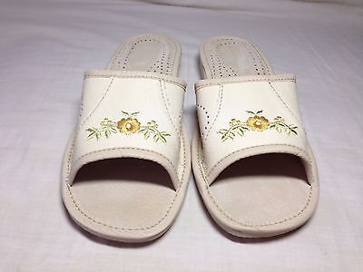 NEW Ladies slippers- leather hand made, size 6,5uk