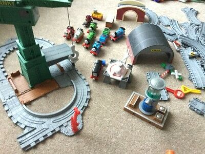 Thomas the tank engine - Take N Play Cranky Docks, helicopter, trains and track