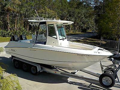 Mint & Loaded 2012 Boston Whaler 250Cc Outrage Offshore Sport Fishing Boat