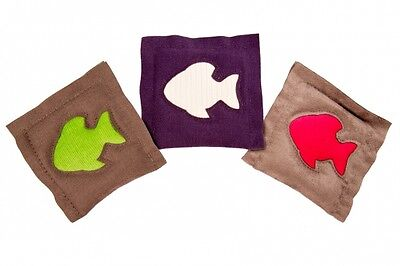 4cats Square (ONE) Cushion Fish – Catnip toy