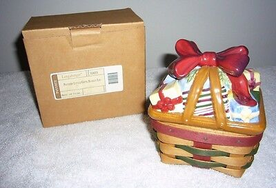 Longaberger 2006 Little Gift Basket with Pottery Lid  Combo - NEW