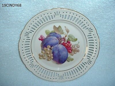 7-7/8 Inch Porzellan Imperial Germany 78 Plate-Fruit In Center, Plums