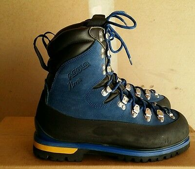 Asolo mountaineering boots Mens 8