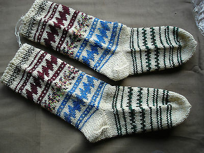 #690  Beautiful Vintage Handmade Woolen Socks  22cm/27cm(8.5''/10.5'')