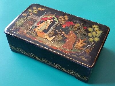 "Antique 1951 Russian Lacquer Hand Painted+Gold Paint Box Palekh ""snow White"""