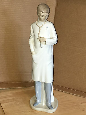 """LLadro Male Doctor Physician Figurine Stethoscope 13.5"""" 1979 NAO FREE SHIPPING"""