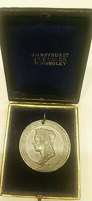 vintage 1837 queen victoria jubilee medal coin in original box