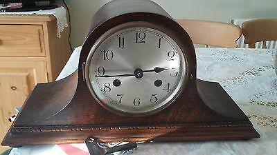 Vintage mantel place clock with key winder
