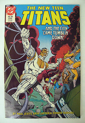 DC Comics 1987 Issue No 33 The New Teen Titans - And The City Came Tumblin' Down
