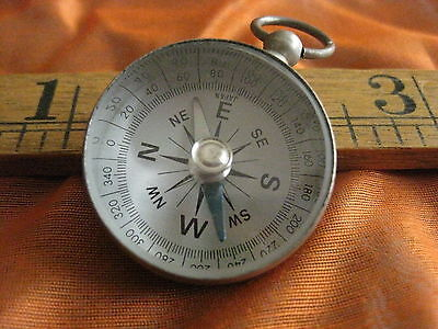 Vintage Magnetic Compass Made In Japan,very Nice Looks Good Works Well.